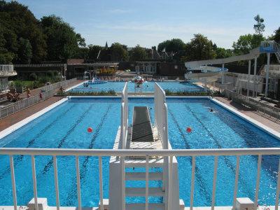 Veel zwemmen in het mooiste bad van West-Vlaanderen